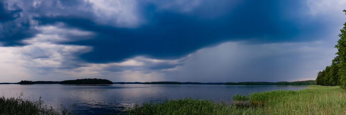 Rain Lomasaari Muuttosaaret Savo Finland Panorama huebner photography